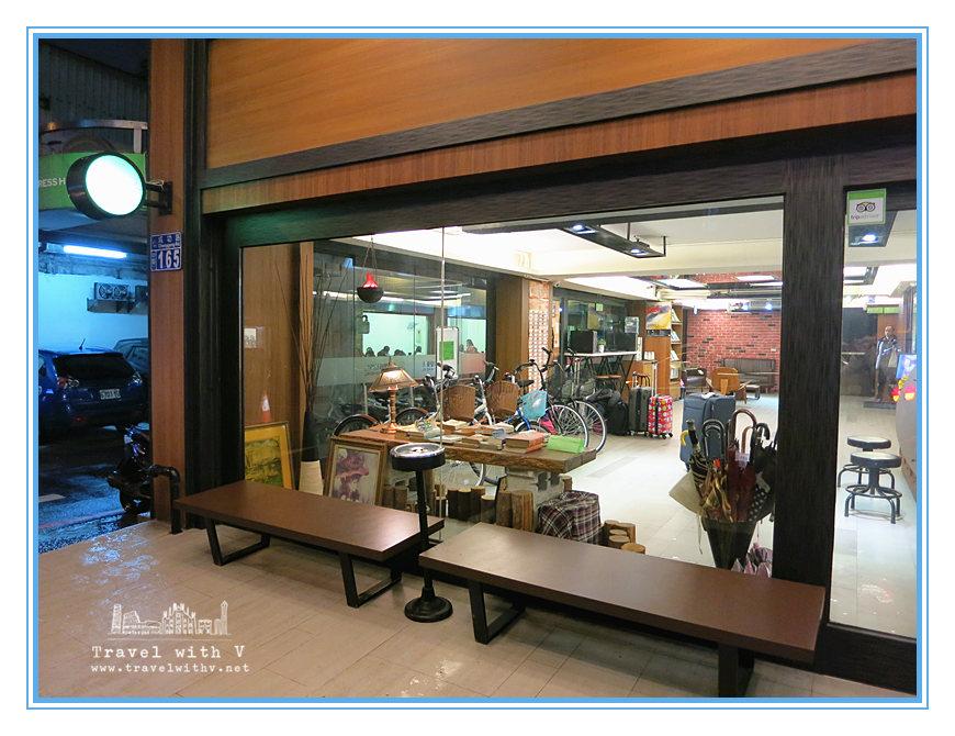 Kiwi Hotel 19